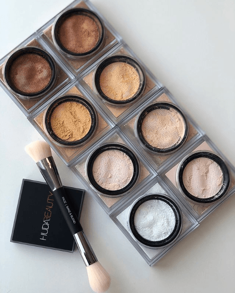 Huda Beauty: Easy Bake Setting Powder